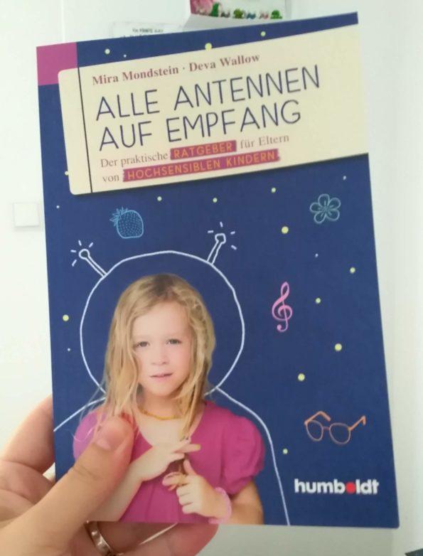 Buchcover Alle Antennen auf Empfang